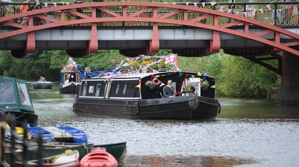 Boats going by at Leicester Riverside Festival