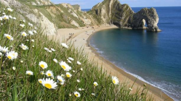 Durdle Door on the Dorset coastline