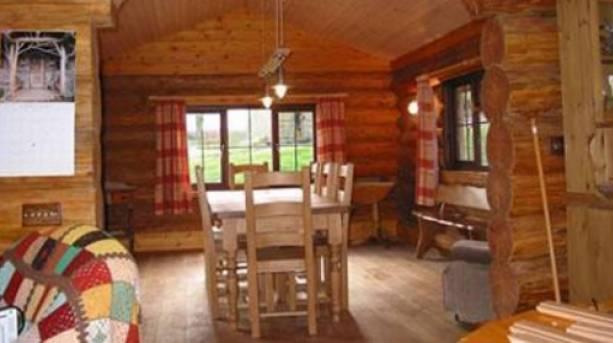 The lounge at Tamarack Lodge