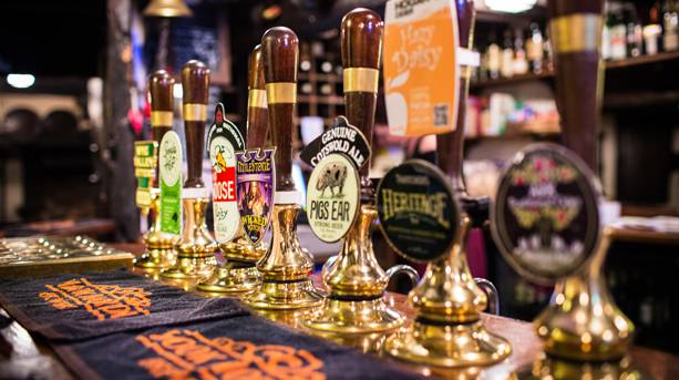 Fleece Inn beer taps