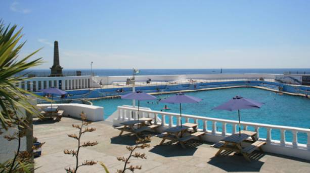 Sunny day at Jubilee Pool in Penzance