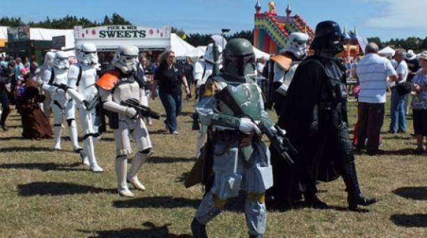 Star Wars Characters at Garlic Festival, Isle of Wight