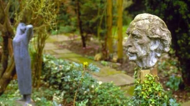 Head of Frederick Gibberd by Gerda Rubinstein