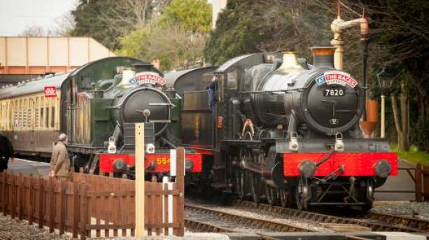 Steam train at Toddington Station