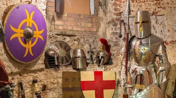 Hertford Castle tours