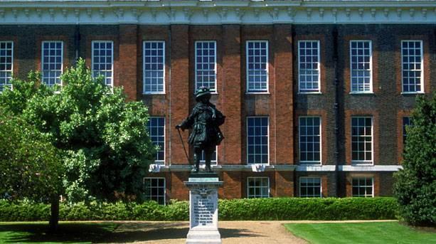 Outside Kensington Palace