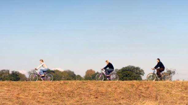 Enjoy cycling in Lincoln's surrounding area