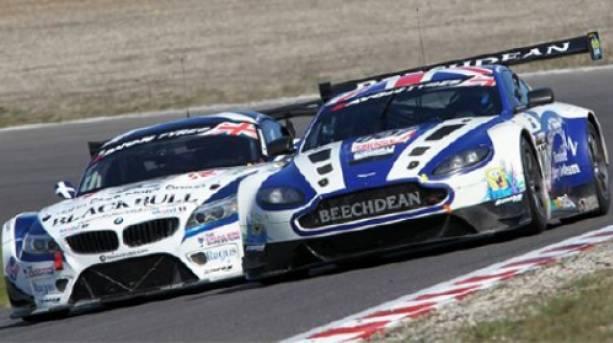 Racing at Donnington