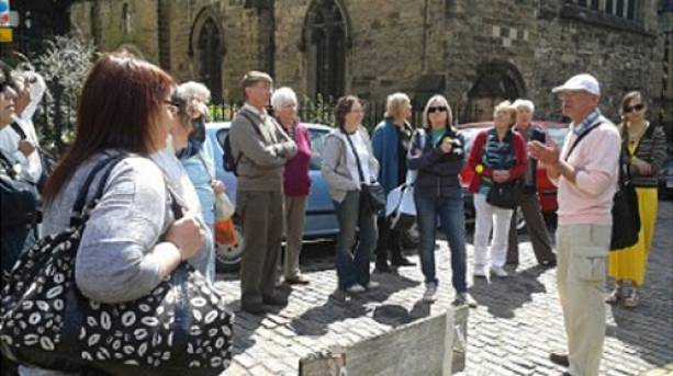The Richard III Statue, the Leicester Connection guided walk