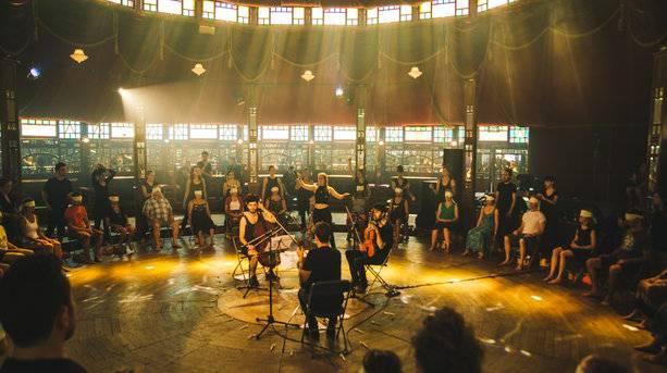 Music Performance © Olivia Williams