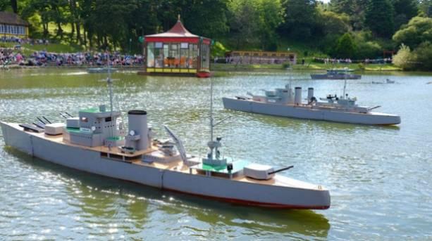 Naval Warfare Show at Peasholm Park