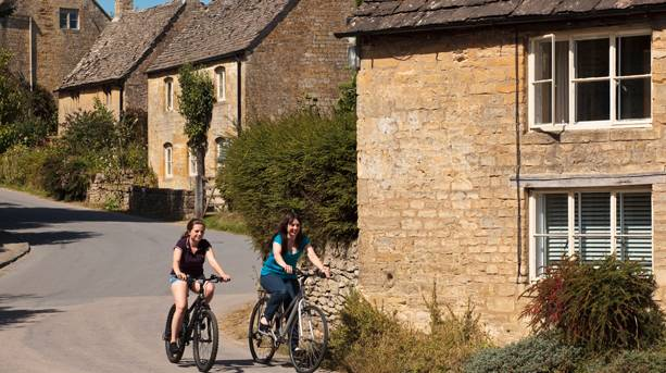 Cycling in Chipping Camden