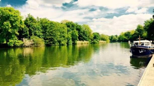 The River Thames at Oakley Court, Windsor