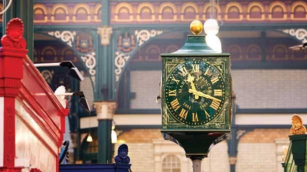 Marks & Spencer centenary clock
