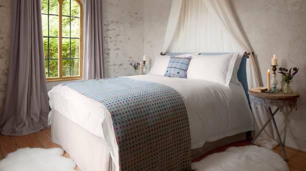 Hex Cottage bedroom