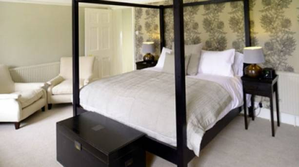 Four Poster Bed at Norfolk Mead Hotel