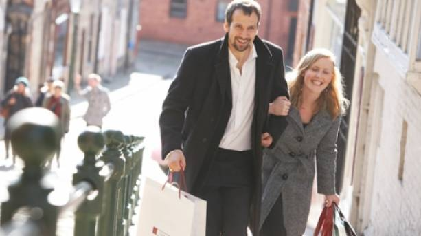 Enjoy the Cathedral Quarter together in Lincoln