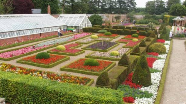 Sewerby Hall gardens