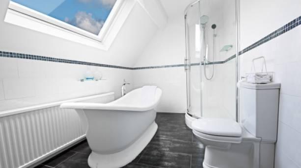 A bathroom at Hundred House