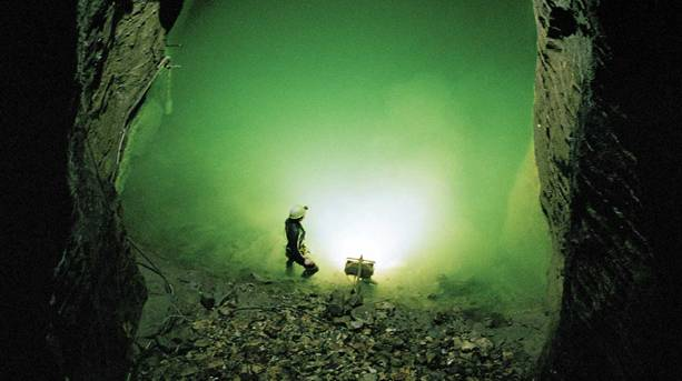 Speedwell Cavern's Bottomless Pit