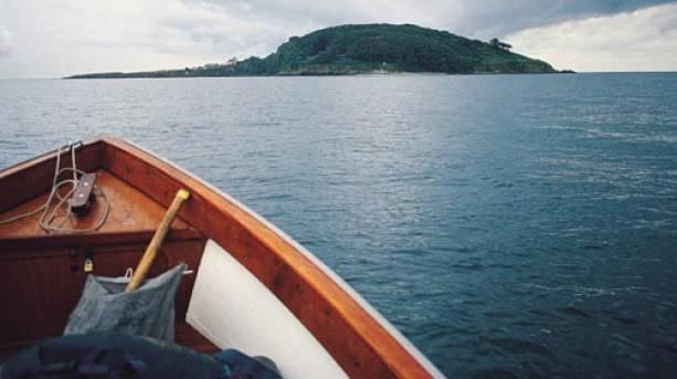 Approaching Looe Island