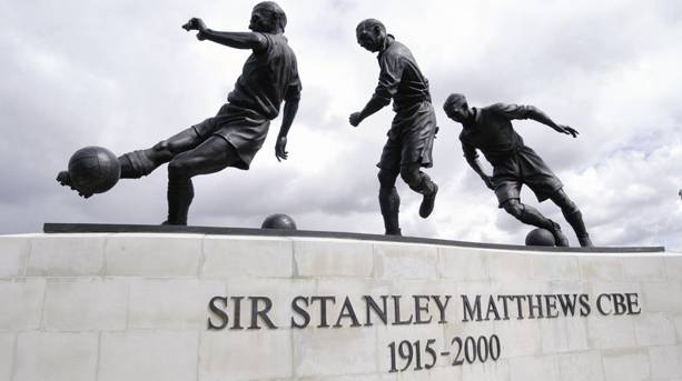 Sir Stanley Matthews sculpture
