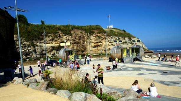 Eco Pods with people at Roker beach