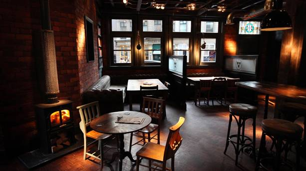 The Bridge Tavern - situated betwixt and between the stanchions of the Tyne Bridge