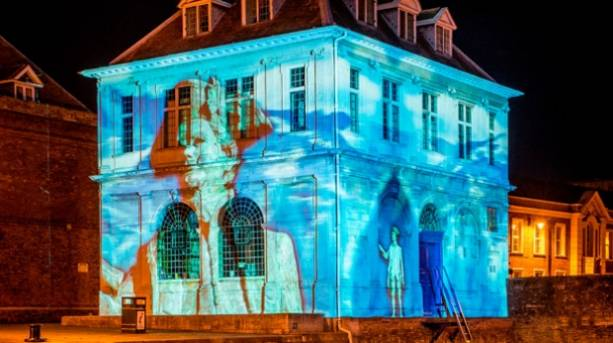 The Custom House featuring -'Night Sailors' light display