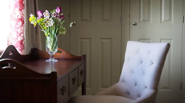Loddon Swan room interior