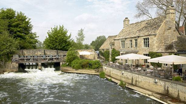 Discover an Oxfordshire with literary inspiration  : the trout from www.visitengland.com size 613 x 343 jpeg 185kB