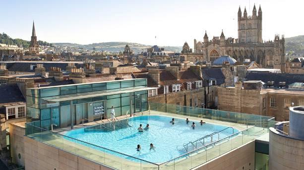 Thermae rooftop pool