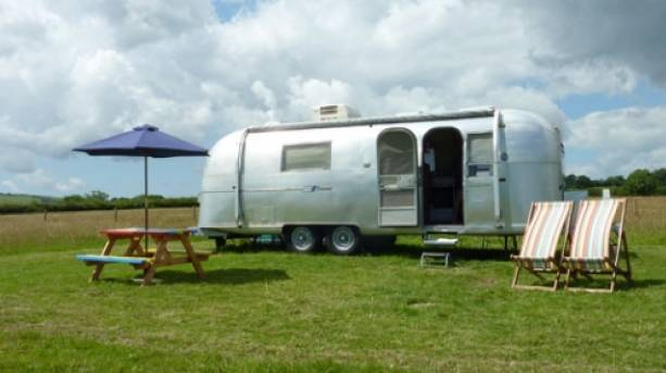Vintage Vacations Airstream Caravan
