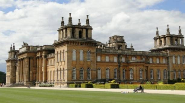 Blenheim palace visitengland for Blenheim builders