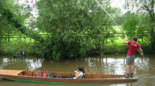 Punting in Oxfordshire