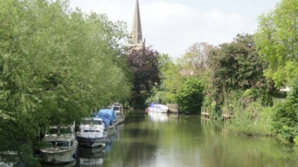 Visit the riverside at Abingdon on route