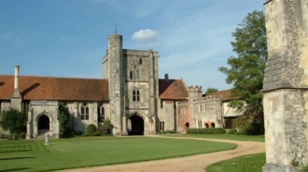 Winchester's Hospital of St Cross
