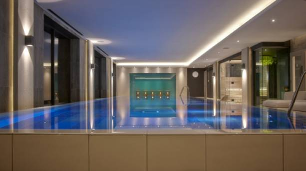 Infinity pool at Dormy House