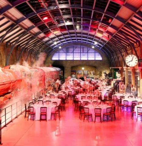 Platform Dinner Place or Subject: Warner Bros Harry Potter Experience County: London Country: England Credit: Warner Bros Harry Potter Experience