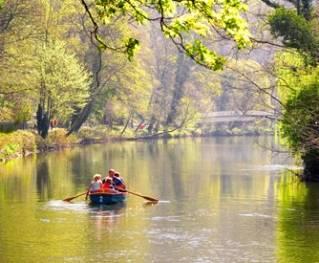 Boat paddling