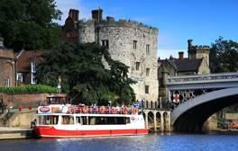 Crucero Fluvial Por York