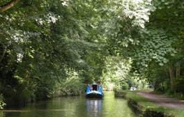 Navegando por el Canal de Kennet y Avon