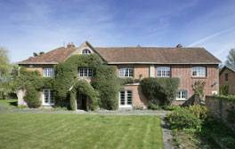 Book out a riverside farmhouse for a perfect family break