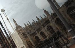Go ghost hunting with Cambridge Ghost Tours