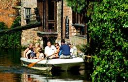 Drift along on a Canterbury Historic River Tour