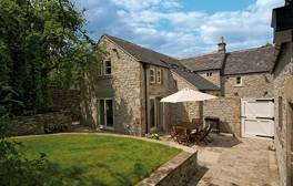 Enjoy a family stay in a 14th century house in the Peak District