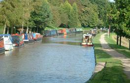 Glide through the waterways of unspoilt Cheshire