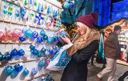 Grab yourself a festive bargain at Bath Christmas Market