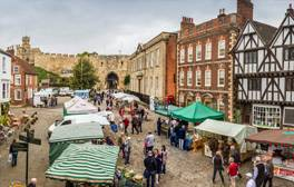 Enjoy a taste of Lincolnshire in Lincoln's Castle Square