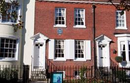 Readings at Charles Dickens' Birthplace Museum
